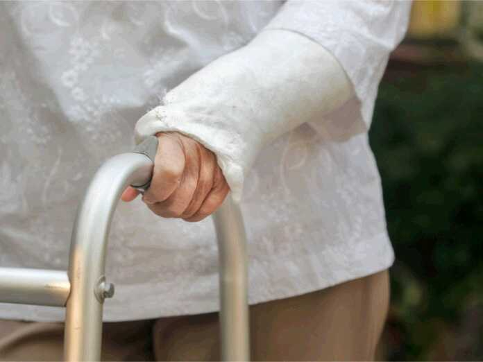 risk of fractures in older age